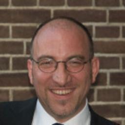 Prof. Dr. Michael Stal - Siemens - München