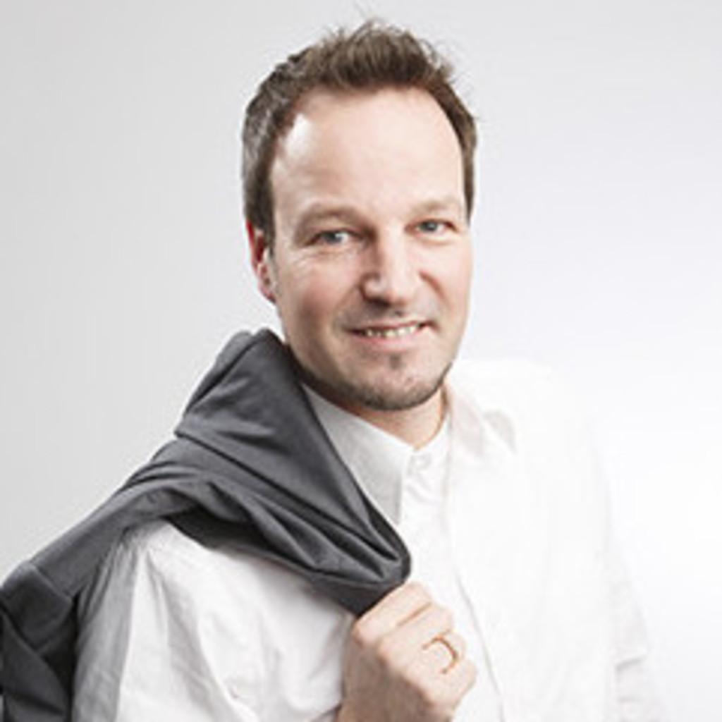 Lars petersen mediengestalter digital und printtechnik for Weiterbildung grafikdesign