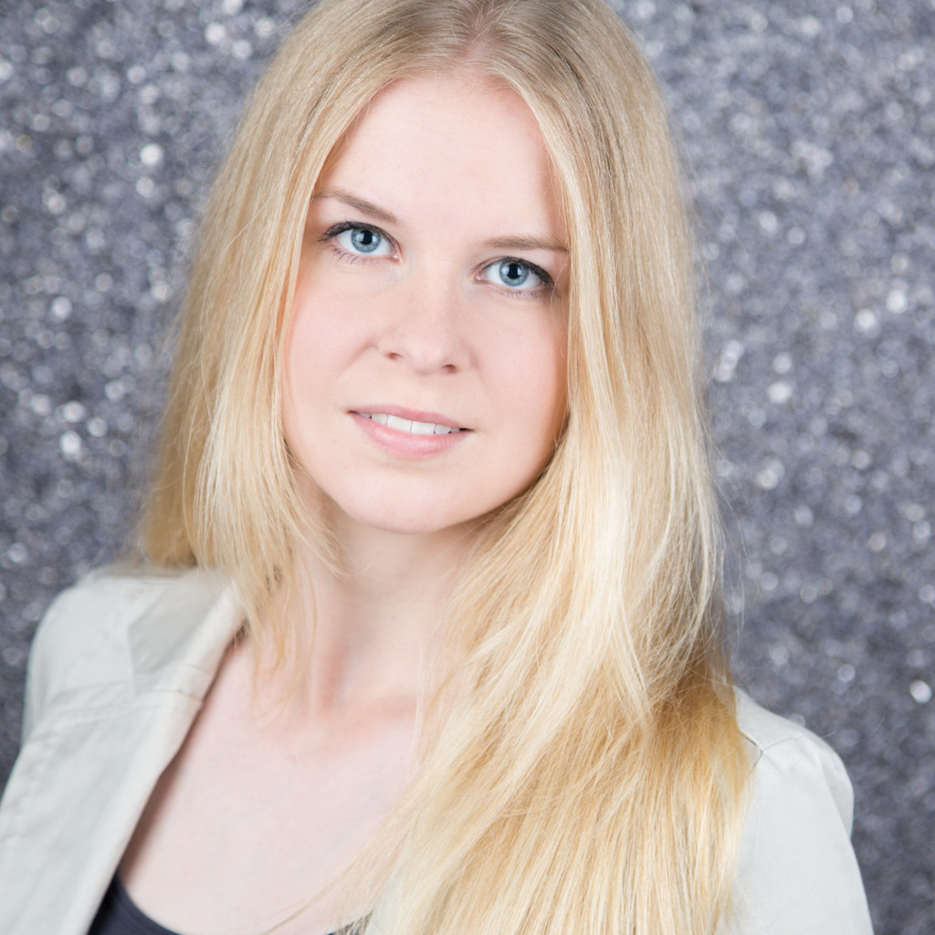 carina hartje trainee poco einrichtungsm rkte gmbh xing. Black Bedroom Furniture Sets. Home Design Ideas