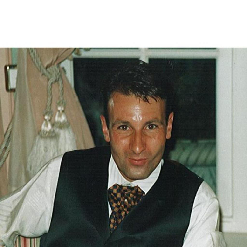 David Bader - Teilhaber, GL- und VR-Mitglied - Bader AG Büro Design ...
