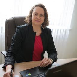 Nelly Schmitt - Nelly Schmitt - beeidigte Übersetzerin und Dolmetscherin für Russisch - Ingelsberg