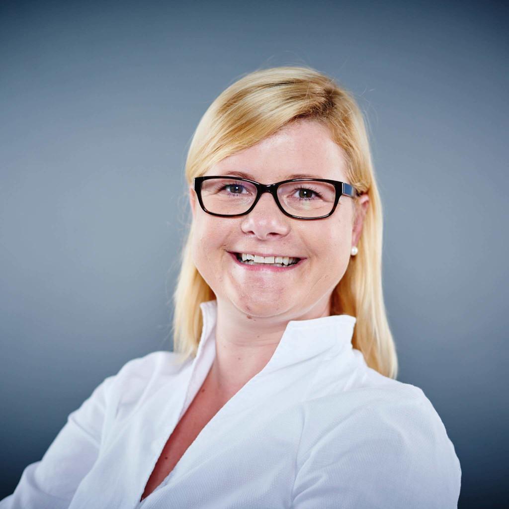 Alexandra spiegel kutschenreuter head of communications for Spiegel xing