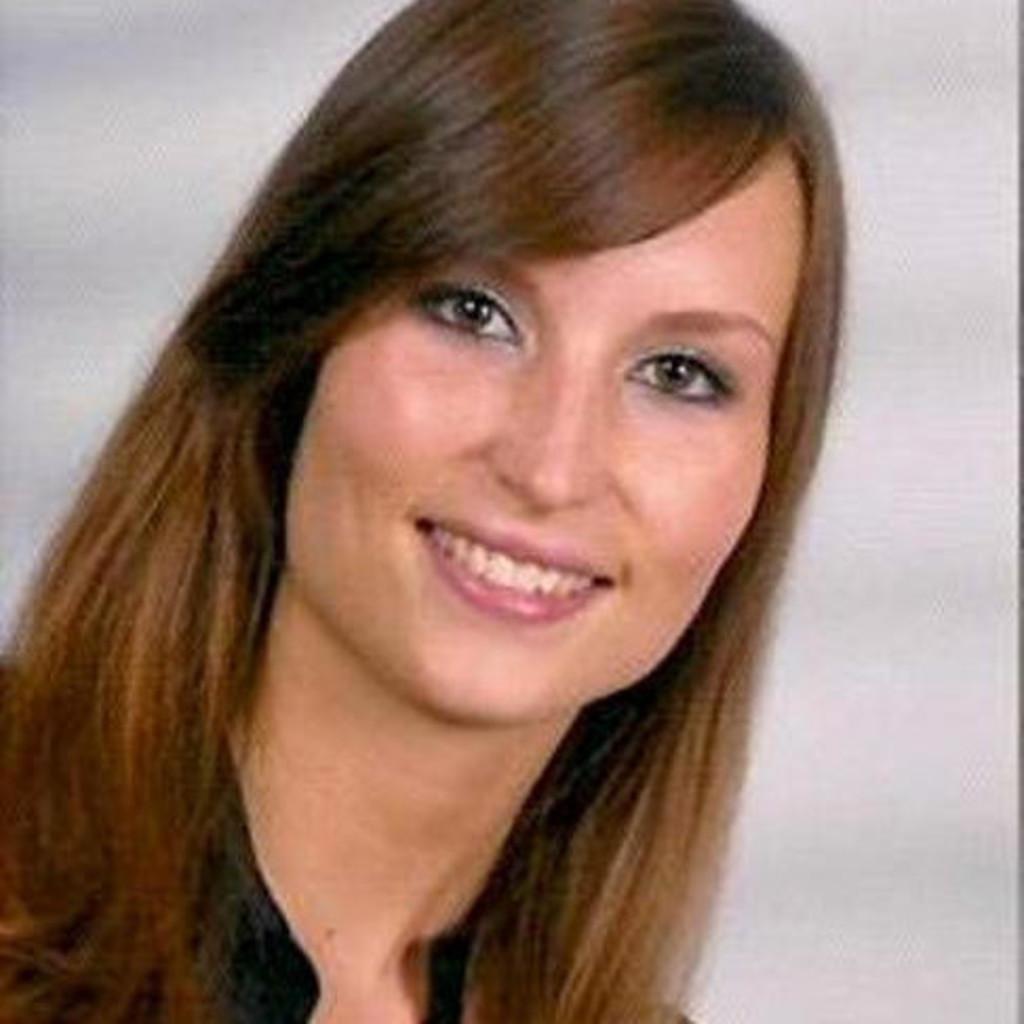 Vivian Schmi