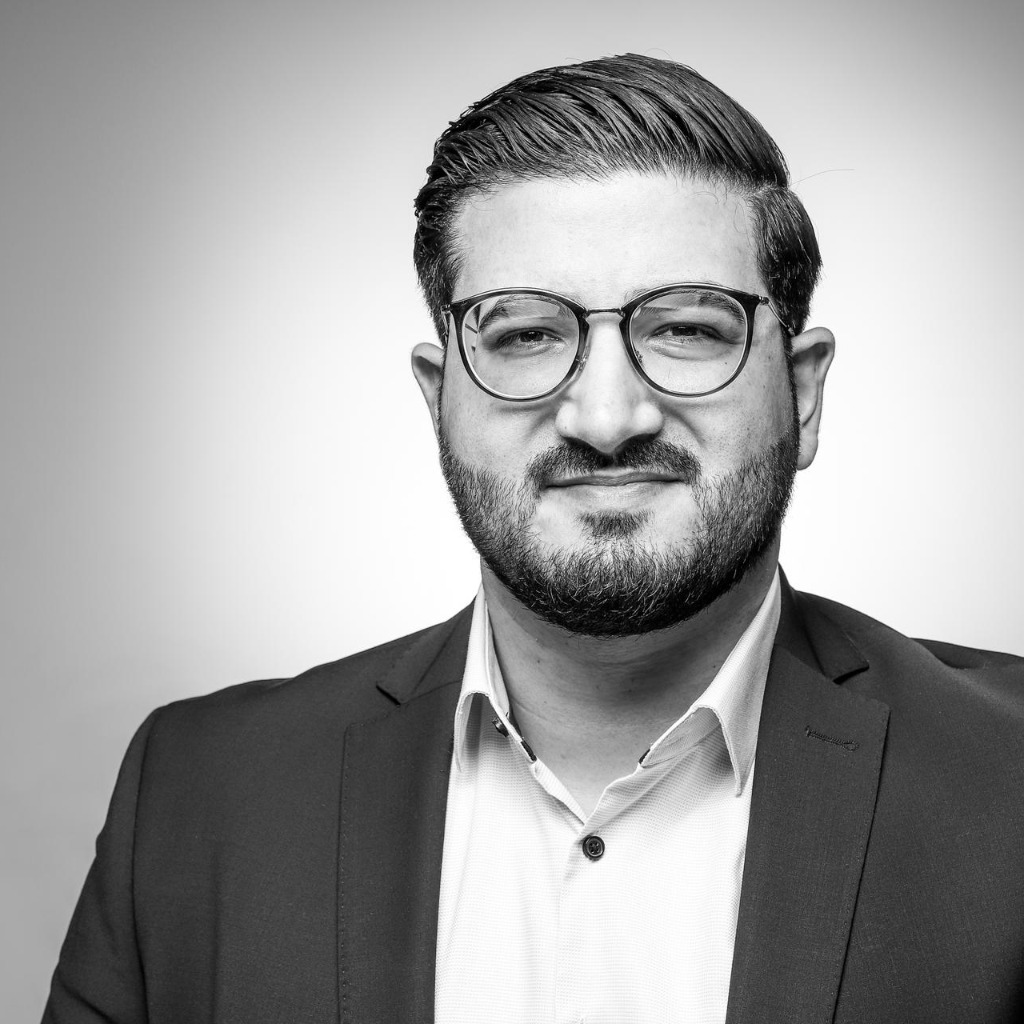 Yama Azezullah's profile picture