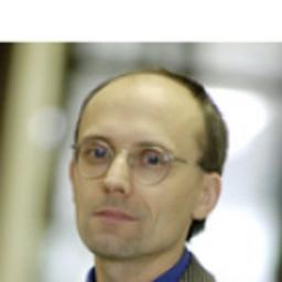 Prof. Dr Willi Nuesser - Fachhochschule der Wirtschaft - Paderborn