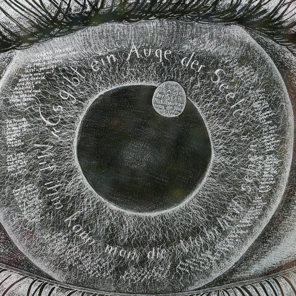 Helga Bender - Künstlerin - Glaskunst | XING