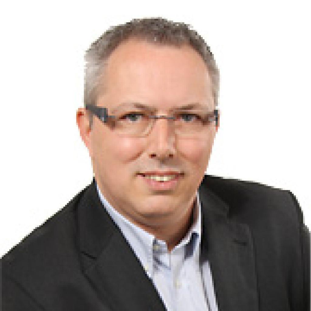 Frank Bender