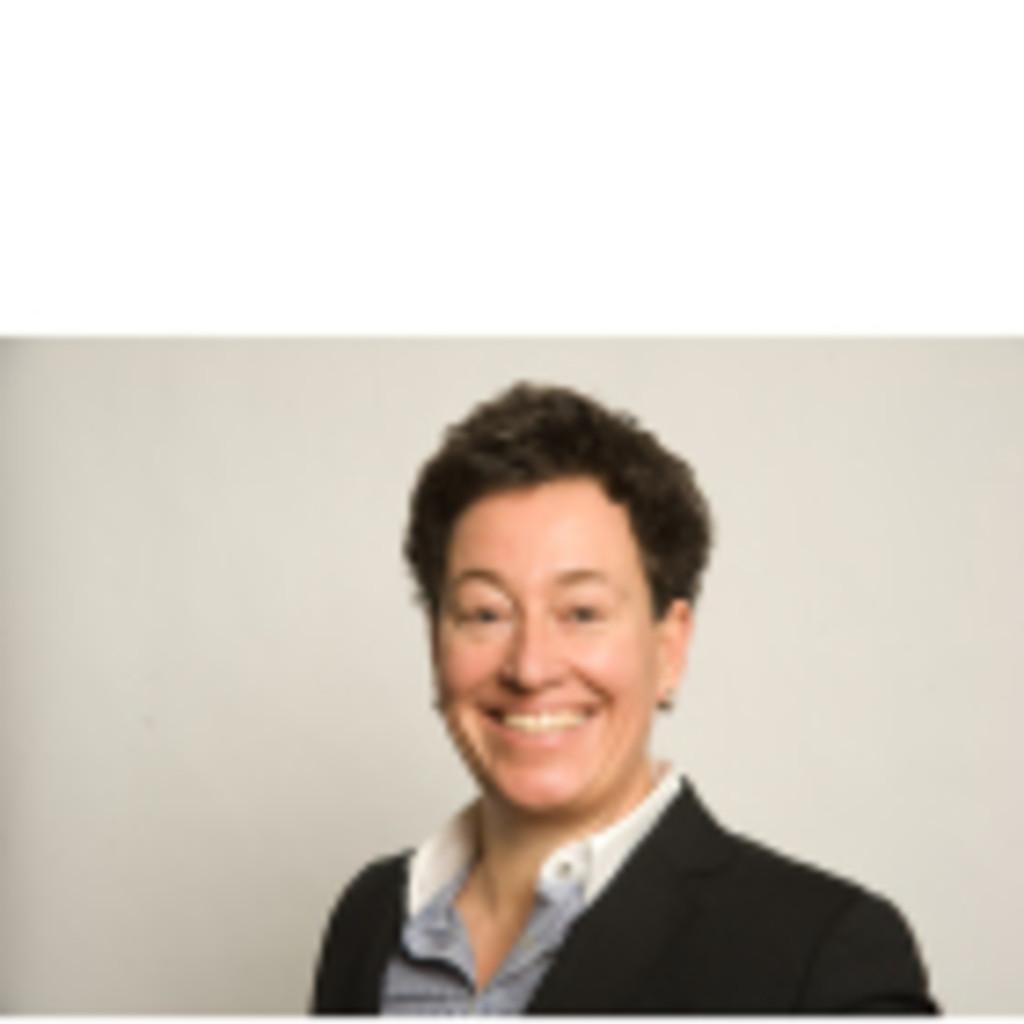 Claudia weber leiterin vorsorge und anlagegesch ft for Raumgestaltung claudia weber