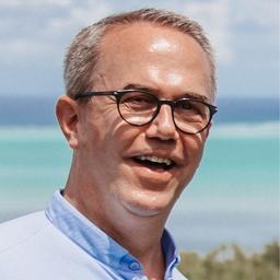 Dr. Martin Stewen