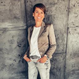 Claudia Leonhardt