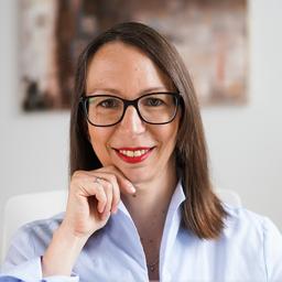 Miriam Hoch