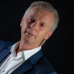 Stefan Bruckner - marcon. marketing consulting | agentur für kreative marken - Unterhaching