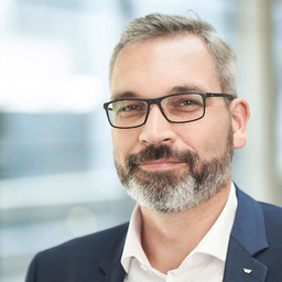 Dipl.-Ing. Oliver Hans - Schüco International KG - Aachen