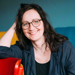 Mag. Anja Danisewitsch - Texterin & Ideenübersetzerin - Lütgenrode