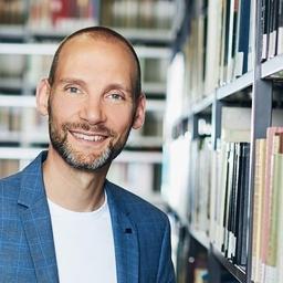 Dr. Matthias Johannes Bauer - IST-Hochschule für Management - Düsseldorf