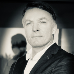 Dr. Christian Behr