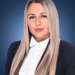 Kristina Becht's profile picture