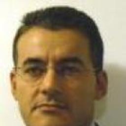 Paolo rossi product manager alpian italia spa xing for B b italia spa