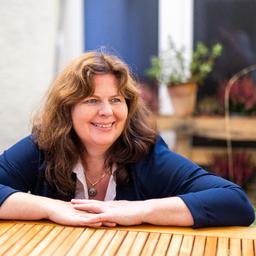 Sigrid Hauer - EBH GmbH - Projektkommunikation & Business Storytelling - München