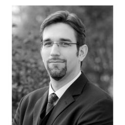 Dr. Micha Strauß