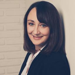 Romina Gerhards - Hill+Knowlton Strategies - Düsseldorf