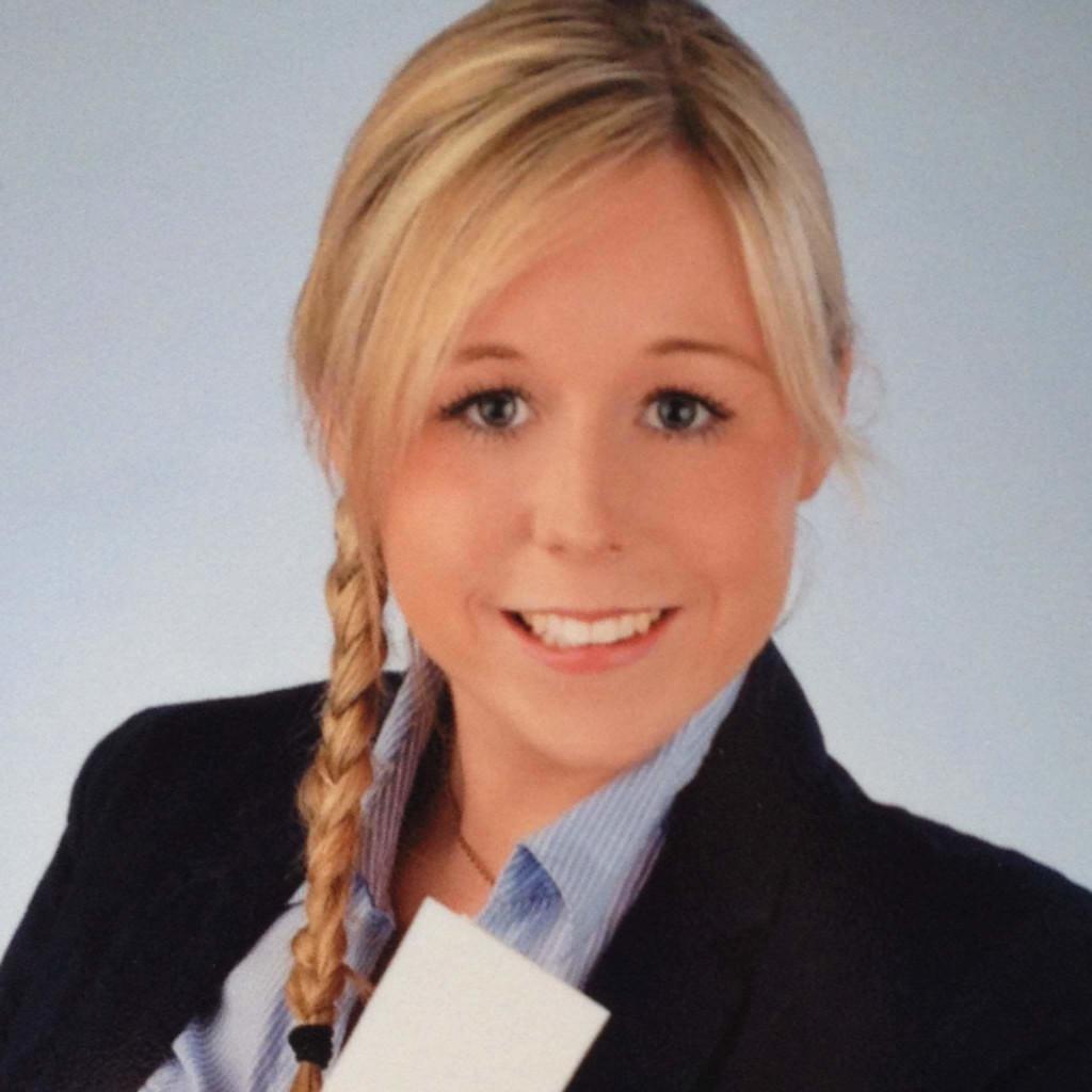 Nicole Lindecke - HR Generalist - QIAGEN GmbH | XING
