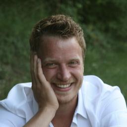 Julius Dreyer - Happiness.com - Barcelona