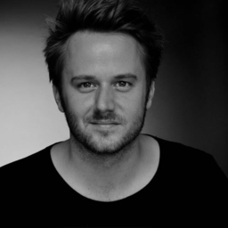 Julian Michalik - ZOOMSTUDIOS photography&design - Bochum