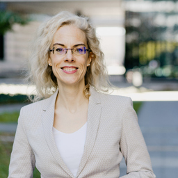 Carolin Hofer