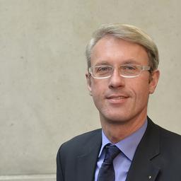 Prof. Dr Uwe Heil - University of Applied Sciences Kufstein/Tirol - Vechta