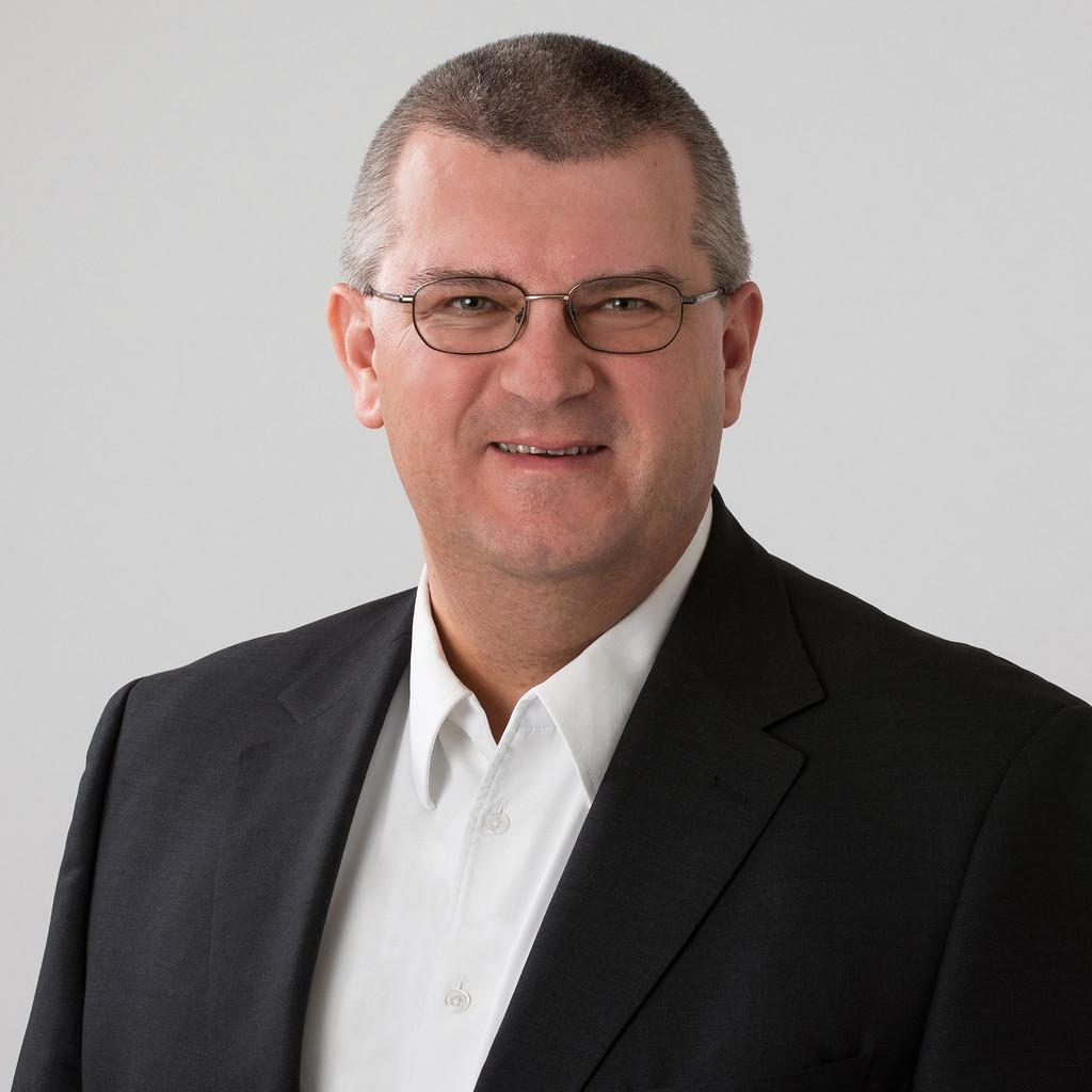 Dr. Kornel Szabo - CEO - Alpnet Engineering AG - We get ...