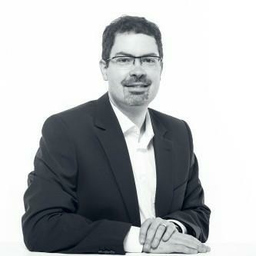 Dr. Uwe Kaiser