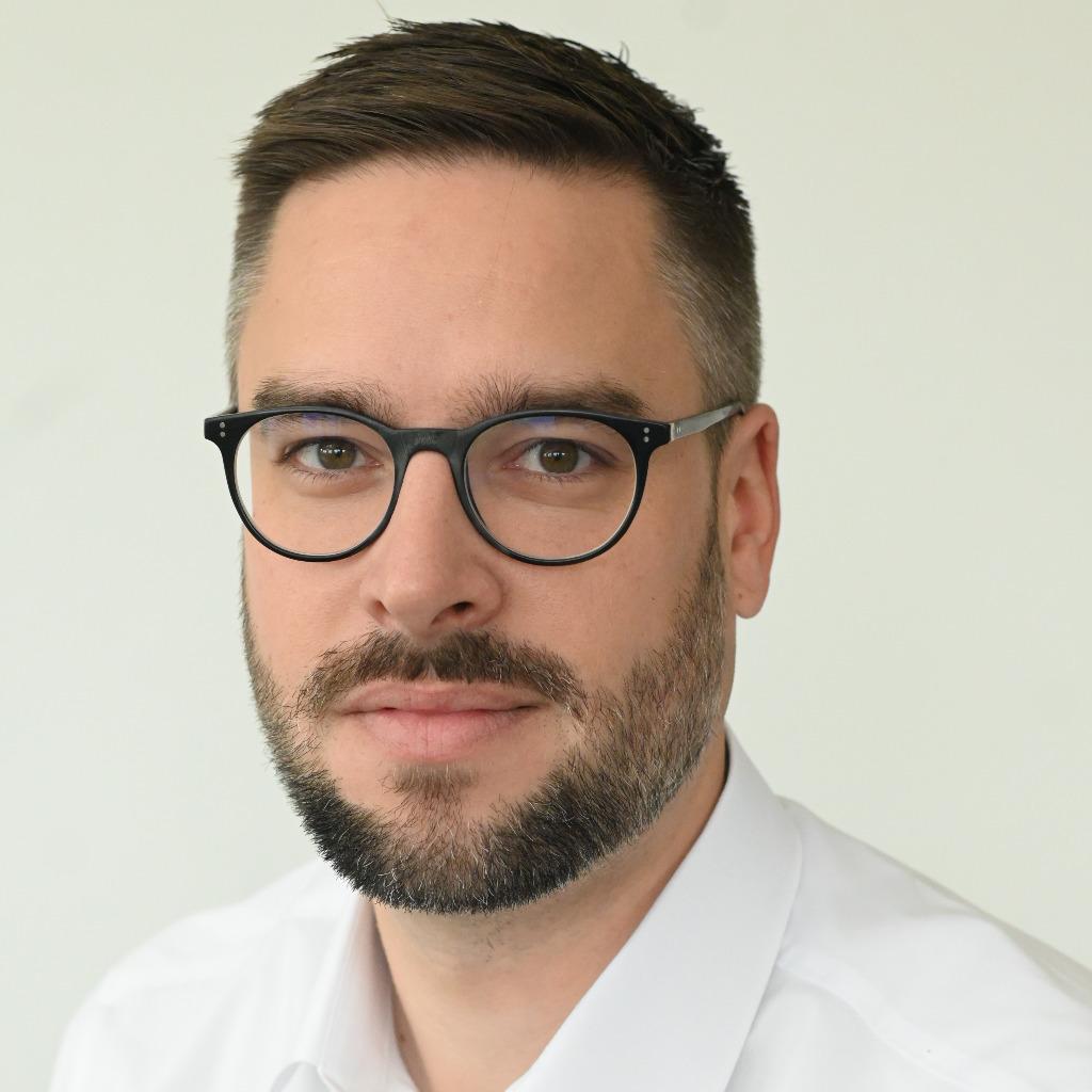 Max holscher politikredakteur spiegel online spiegel for Spiegel xing