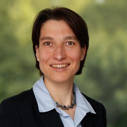 Dipl.-Ing. Simone Hübener - Ruess Group GmbH - Stuttgart