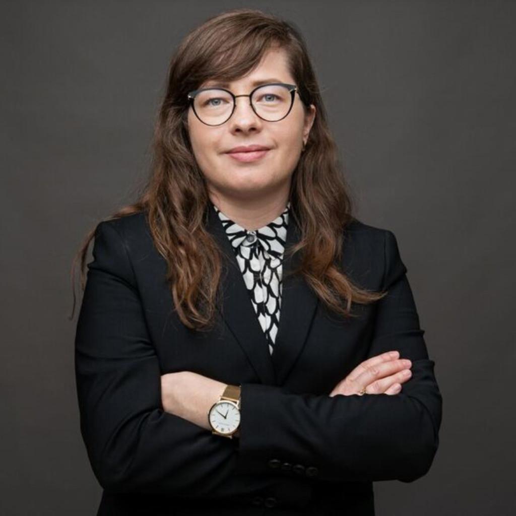 carolin taurer country managerin switzerland aesop xing