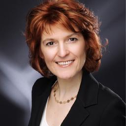 Celia Herault - F. Hoffmann-La Roche AG - Basel