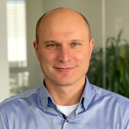 Dennis Jung - INNOMOS GmbH - mobile enterprise Lösungen (iOS, Android, Web) - Bielefeld
