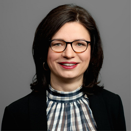 Dr. Christine Hutter