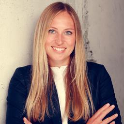 Julia Eikenbusch - The Boston Consulting Group - Düsseldorf