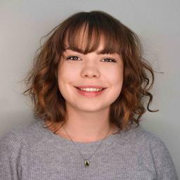 Yulia Slavinskaya's profile picture