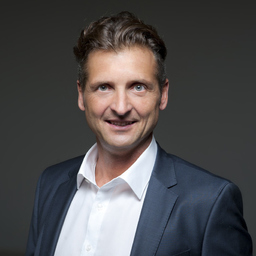 Thomas Pfälzner - TRUST PERFORMANCE - Burgthann