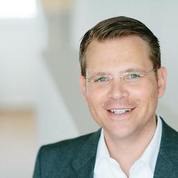 Dr. Matthias Hüsgen - BLACKEIGHT GmbH - München
