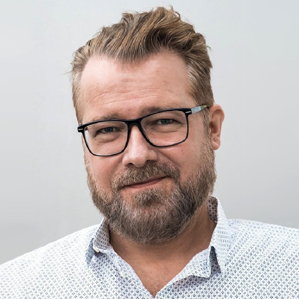 Carsten kuhoff art director creative supervisor nhb for Art director jobs berlin