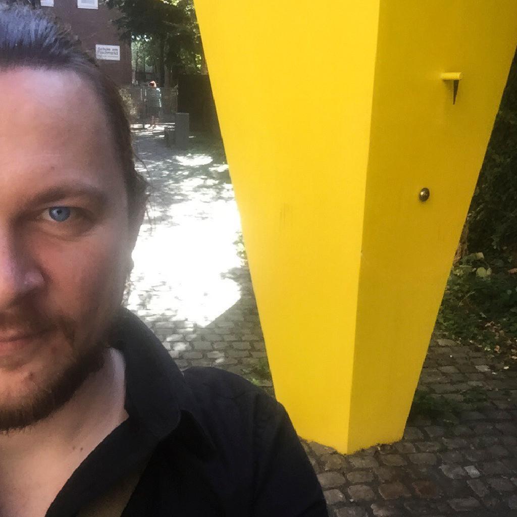 Gregor g nter freelancer affiliate xing for Produktdesign aachen