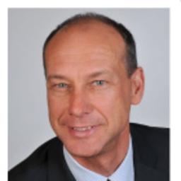 Henning Hasper - Synercube GmbH - Hamburg