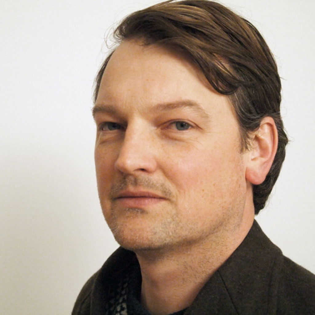 Felix benedikt goetz senior user experience designer for Experience design consultant