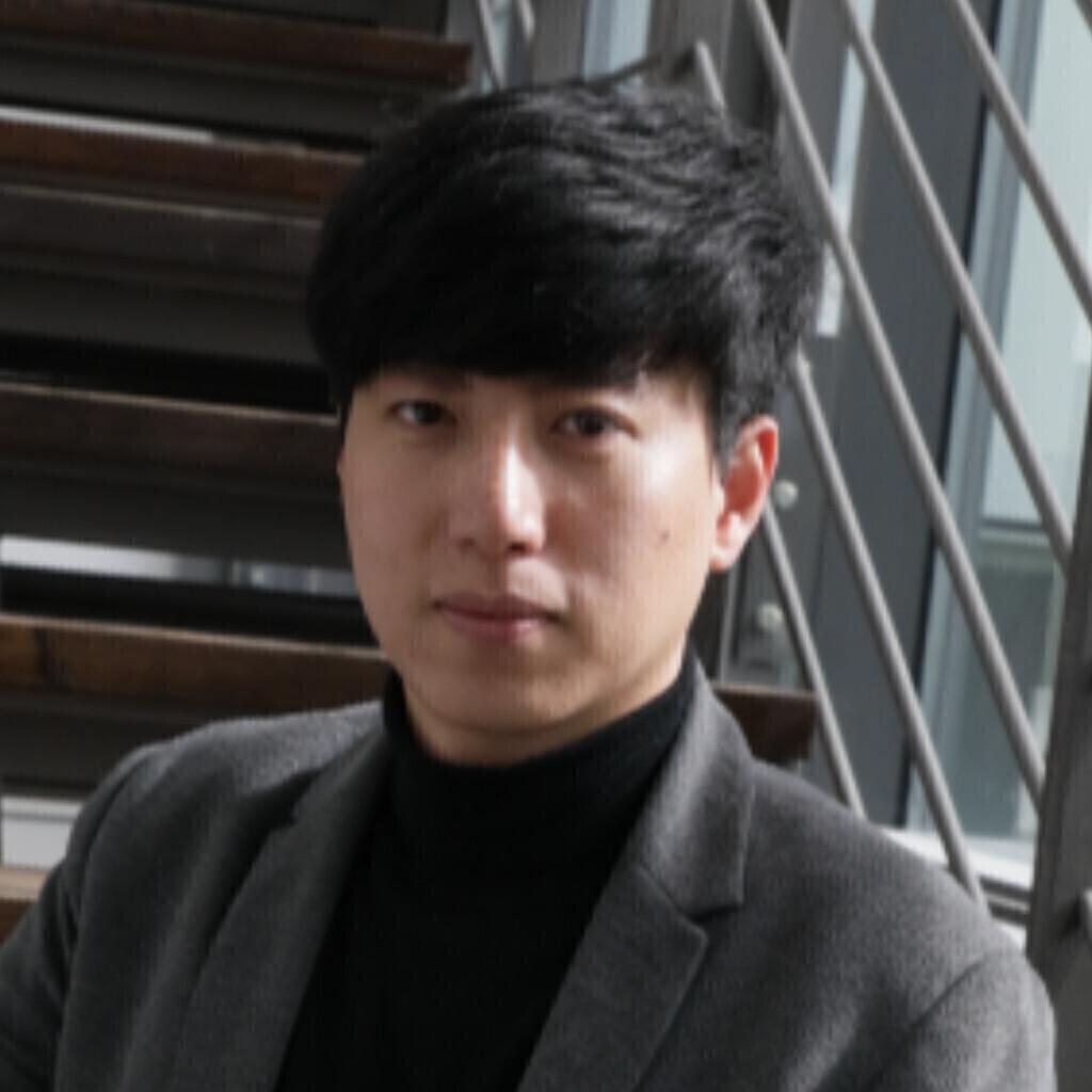 Zhongyang Chen's profile picture