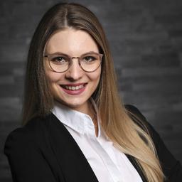 Ann-Kathrin Udvary