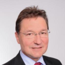 Dr Christian Scharff - accuris AG - München
