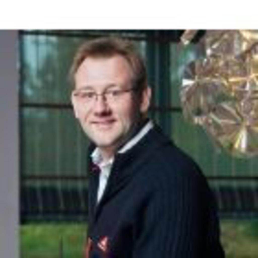 Martin k nig raumausstatter raumausstattung sch ro xing for Meister raumausstatter
